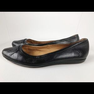 FRYE CLEMENTINE Flats size 8